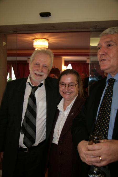 На последното коледно празненство през декември 2007 г., на Висшия адвокатски съвет под председателството на Траян Марковски – със спряганите за негови наследници Даниела Доковска и Хари Хараламбиев.