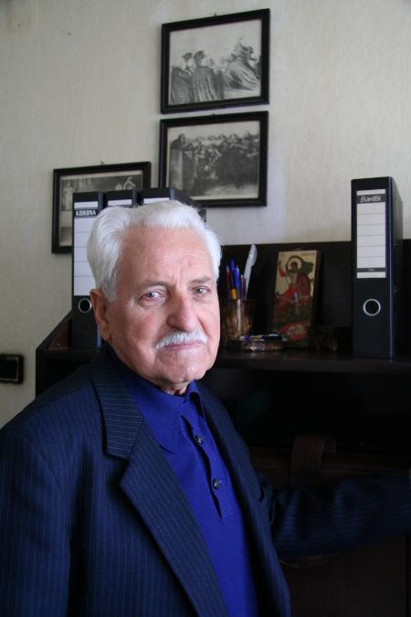 Бащата - съдия Анатол Василев Луканов