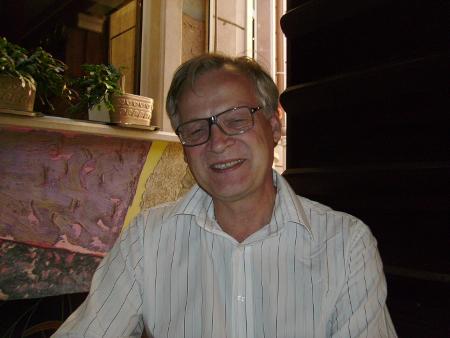 Нилс Карлстрьом от ADOPT CENTRUM, акредитирана организация за международни осиновявания в Швеция