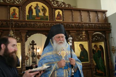 Схиархимандрит Касиан не е получил – нито пожелал, и стотинка от Светия ни синод в своя път на православен монах...