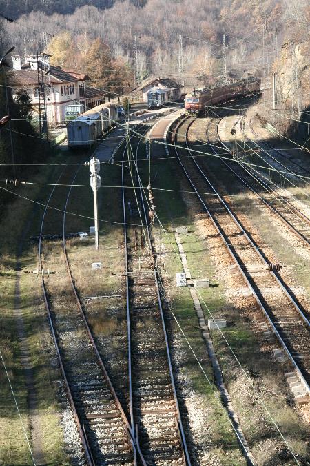 До момента Европейската комисия не е имала претенции към България за приложение на директивите за железопътния транспорт.