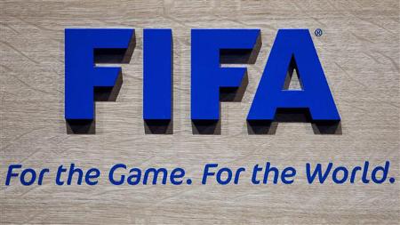FIFA не може да преживее европейските правила за безплатен телевизионен достъп на хората до световната футболна фиеста.