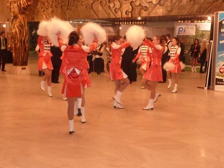 Младежки духов оркестър с мажоретки откри юбилейното 20-то изложение СТРОЙКО на 16 октомври 2013 г. в НДК.